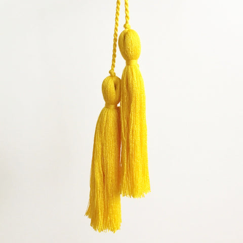 Tassel Pair, Yellow