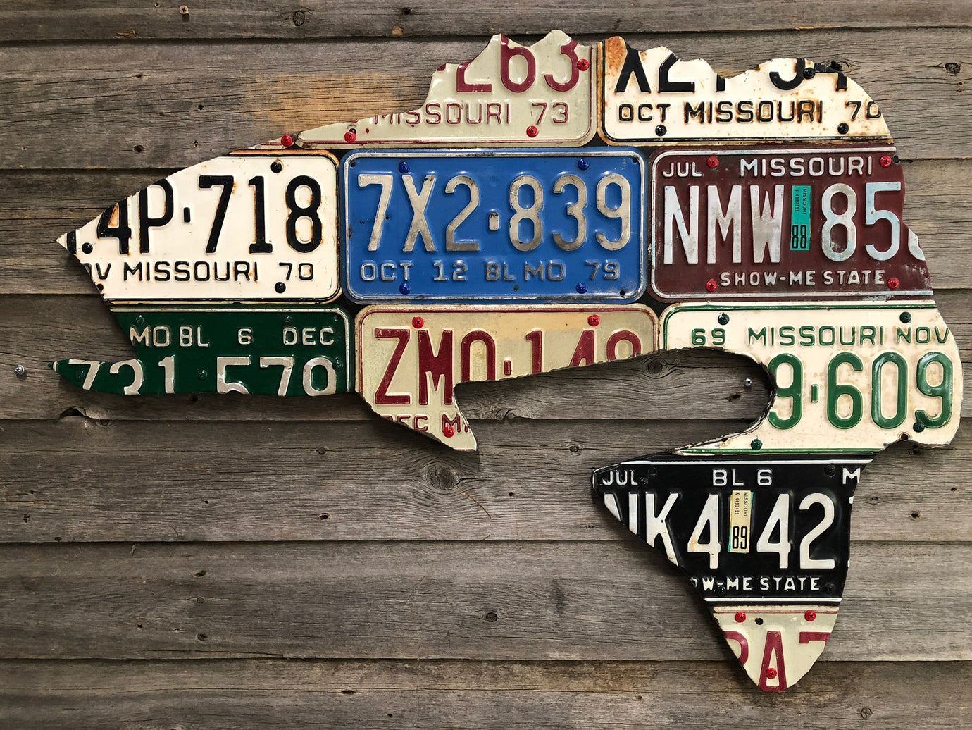 Missouri Largemouth Bass Vintage License Plate Art