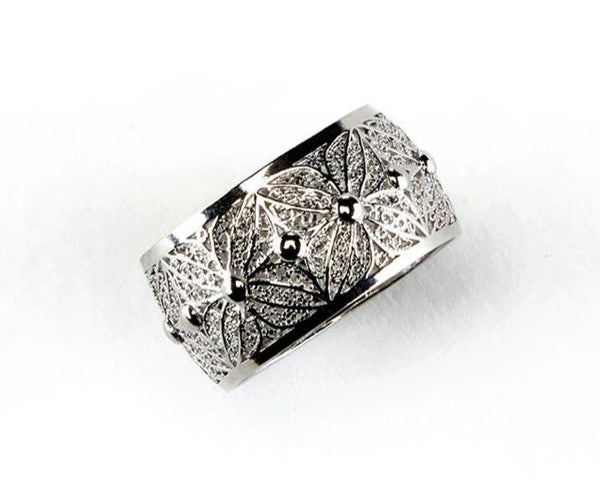 The Viana Lady Ring Sterling Silver