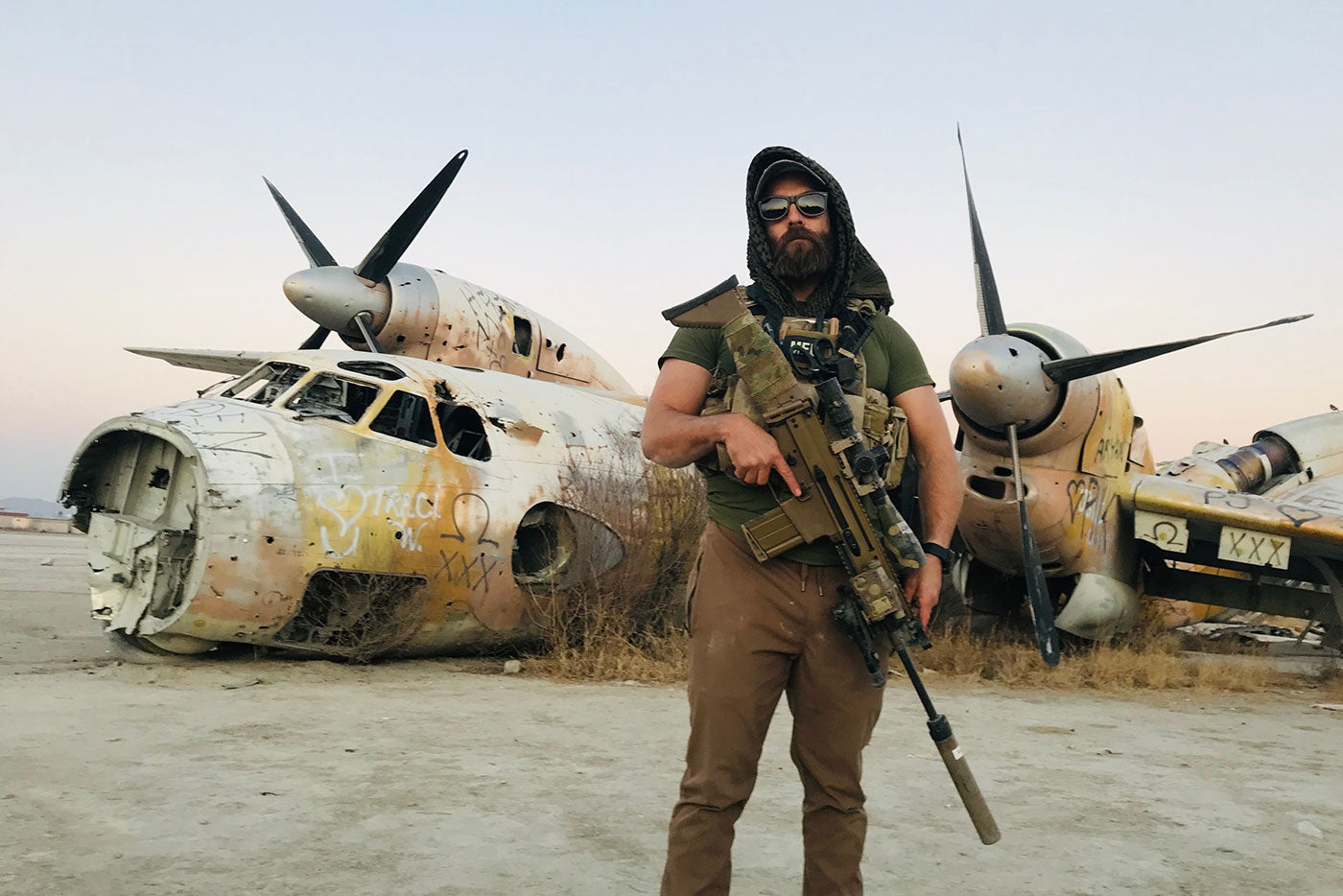 walter sky WS-T01 and WS-B02 field testing with solidier porter in the desert