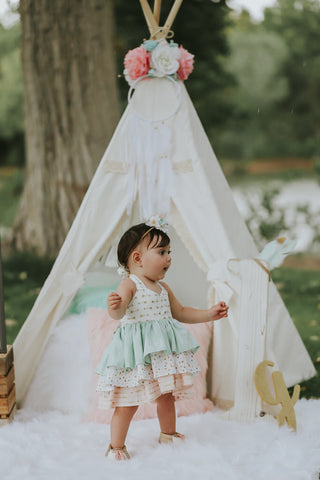 Floral Teepee Topper