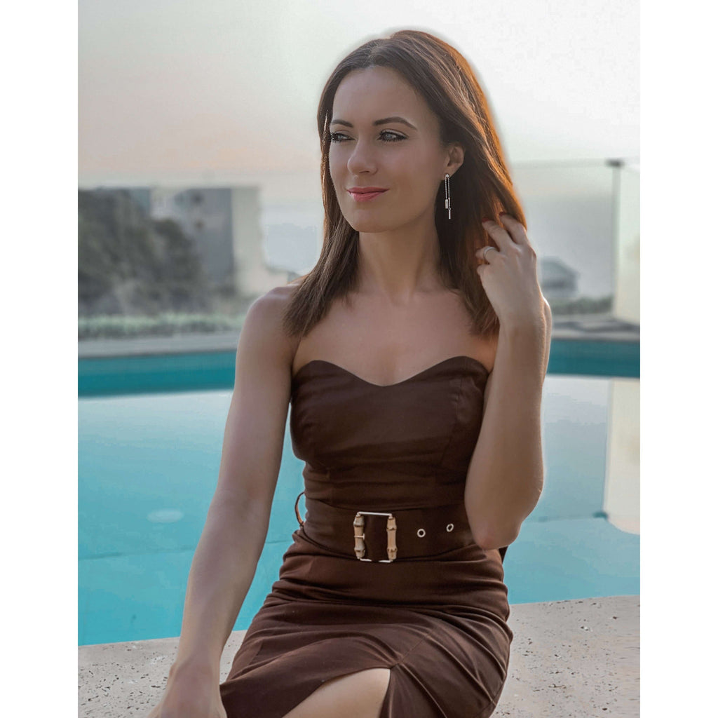 Pencil dress with bamboo belt in chocolate