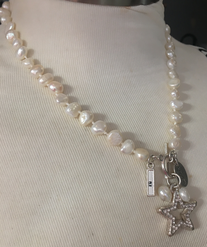 Short Pearl Necklace with Star - boudoirbythesea