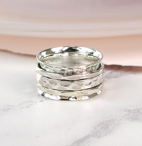 Simple hammered spinning ring size 54 small - boudoirbythesea