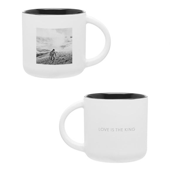 [PREORDER] Love Is The King Mug
