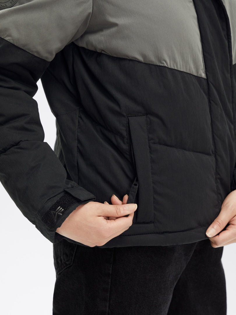 CHEVRON PUFFER PARKA W OUTERWEAR Alpha Industries, Inc.