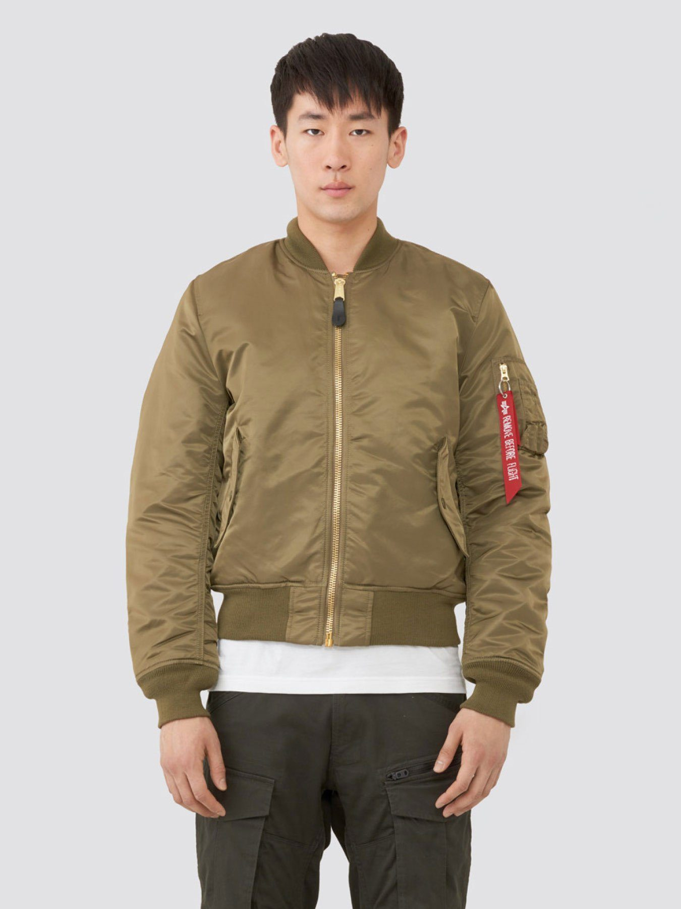 MA-1 BOMBER JACKET SLIM FIT/EUROPEAN FIT (SEASONAL) OUTERWEAR Alpha Industries VINTAGE OLIVE XS