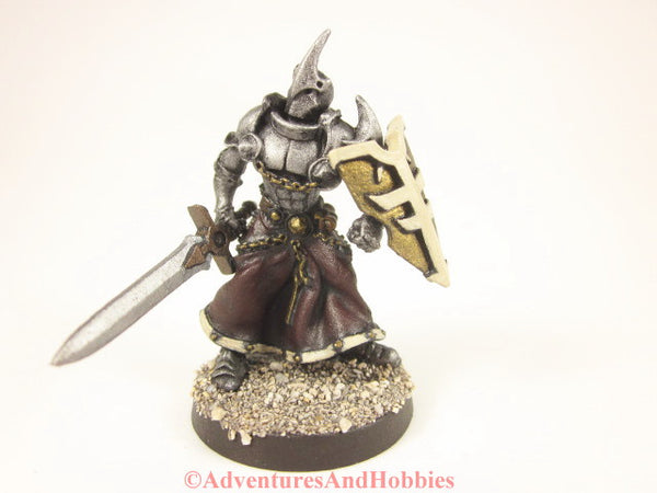 Confrontation Rackham Knight Cleric Paladin 203 Painted Metal 25-28mm