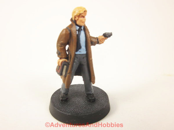 Call of Cthulhu Investigator with Tome and Gun 311 Pulp Painted Bones 25-28mm