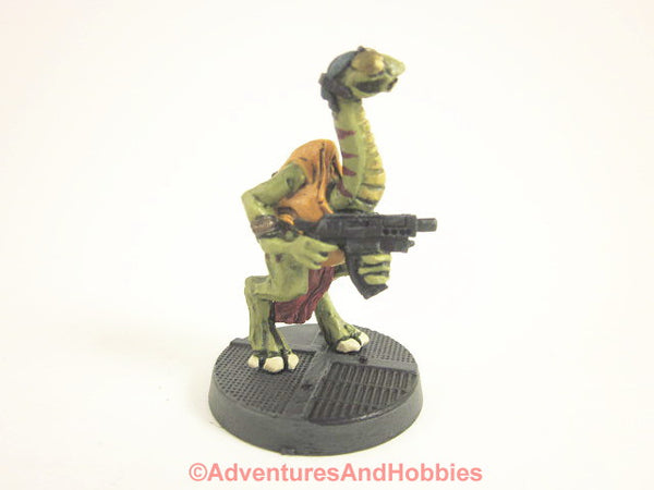 Miniature Science Fiction Alien Reptilian Warrior 320 Painted 25mm