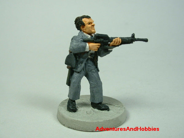 Miniature Zombie Hunter Office Worker 472 Post Apocalypse Painted