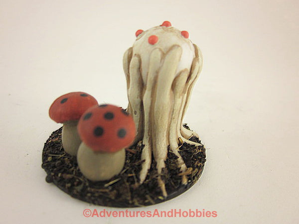 Fantasy Miniature Giant Puffball Fungi Monster M150 Cthulhu D&D Painted
