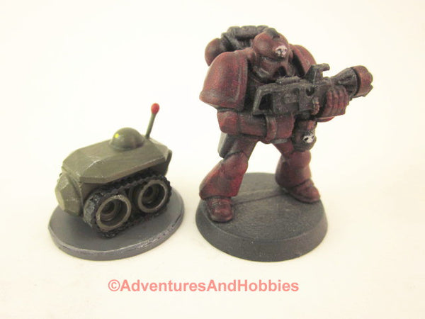 Science Fiction Miniature Robot Tracked Recon Bot R123 25-28mm 40K