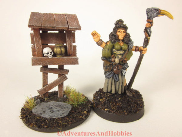 Miniature roadside shrine T1533 scenery for 25-28mm scale fantasy war games or role-playing games.