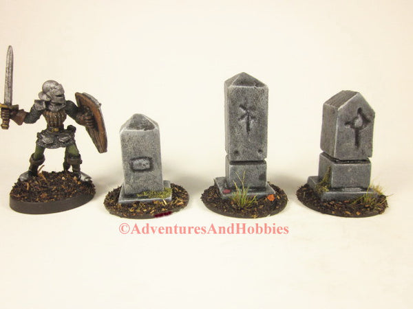 Set of 3 miniature graveyard headstone monuments T1541 for 25-28mm scale table top wargames and role-playing games.