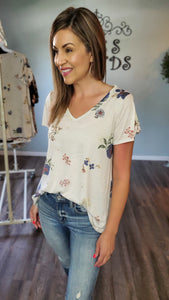 Full Of Cuteness Top- Ivory/floral