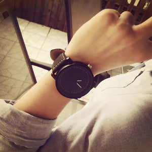 faceless free watch silver line black