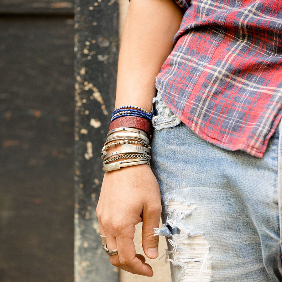 Knotted 4 Wrap Blue Thai Hammered Bead - M Cohen - Bracelets pour homme - Mad Lords