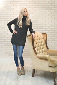 Cable Knit Sweater | Dark Gray