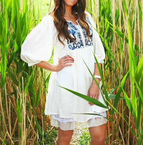 Peasant Sleeve Embroidered Tunic | White