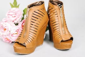 Sunkissed Open-Toe Wedge