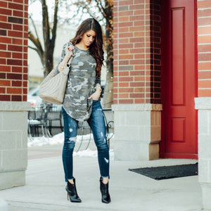 Boyfriend Camo Top | Light Camo
