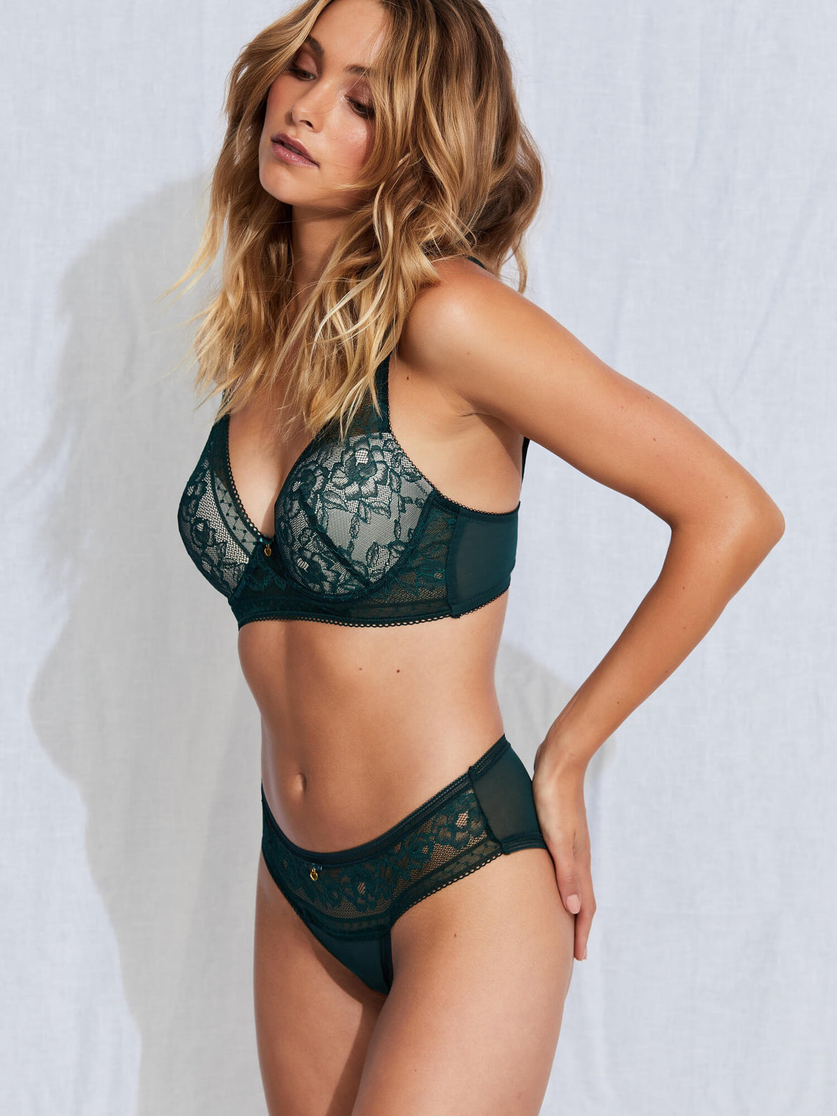 Wild Hearts High Apex Bra