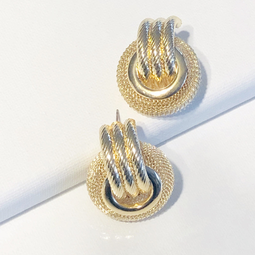 Selena Gold Drop Earring