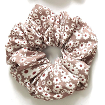 Floral scrunchie in tan