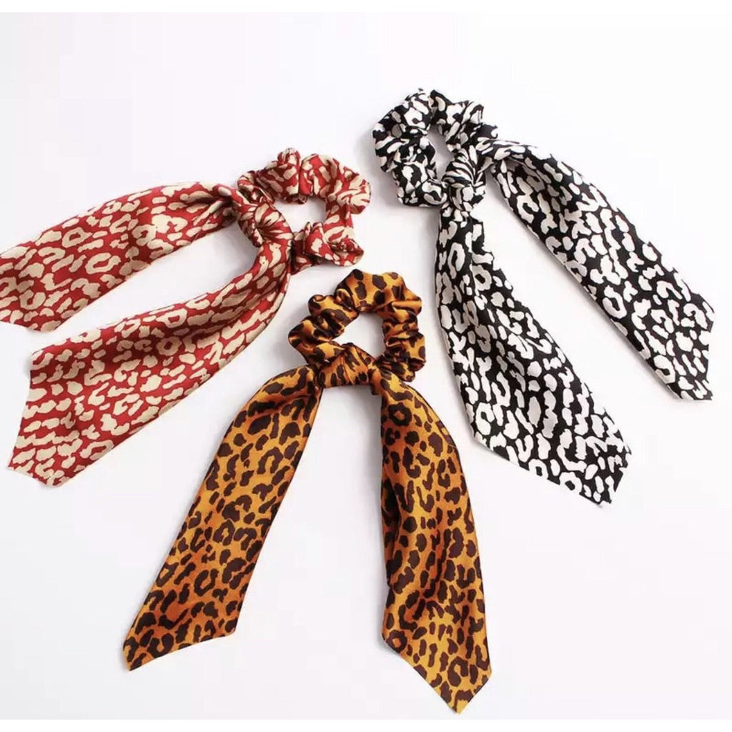 Scrunchie Scarf in Red Leopard