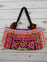 BA-002 POM POM WORM TOTE SHOULDER BAG (S)