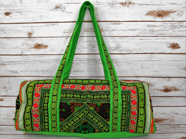 TB-002 GREEN DIAMOND EMBROIDERY HANDCRAFTED TRAVELING BAG