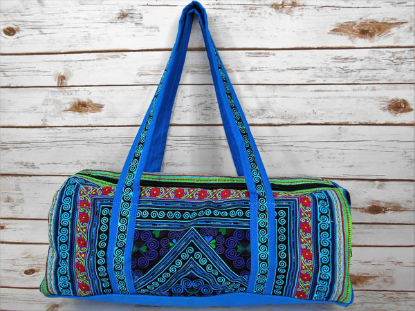 TB-003 BLUE DIAMOND EMBROIDERY HANDCRAFTED TRAVELING BAG