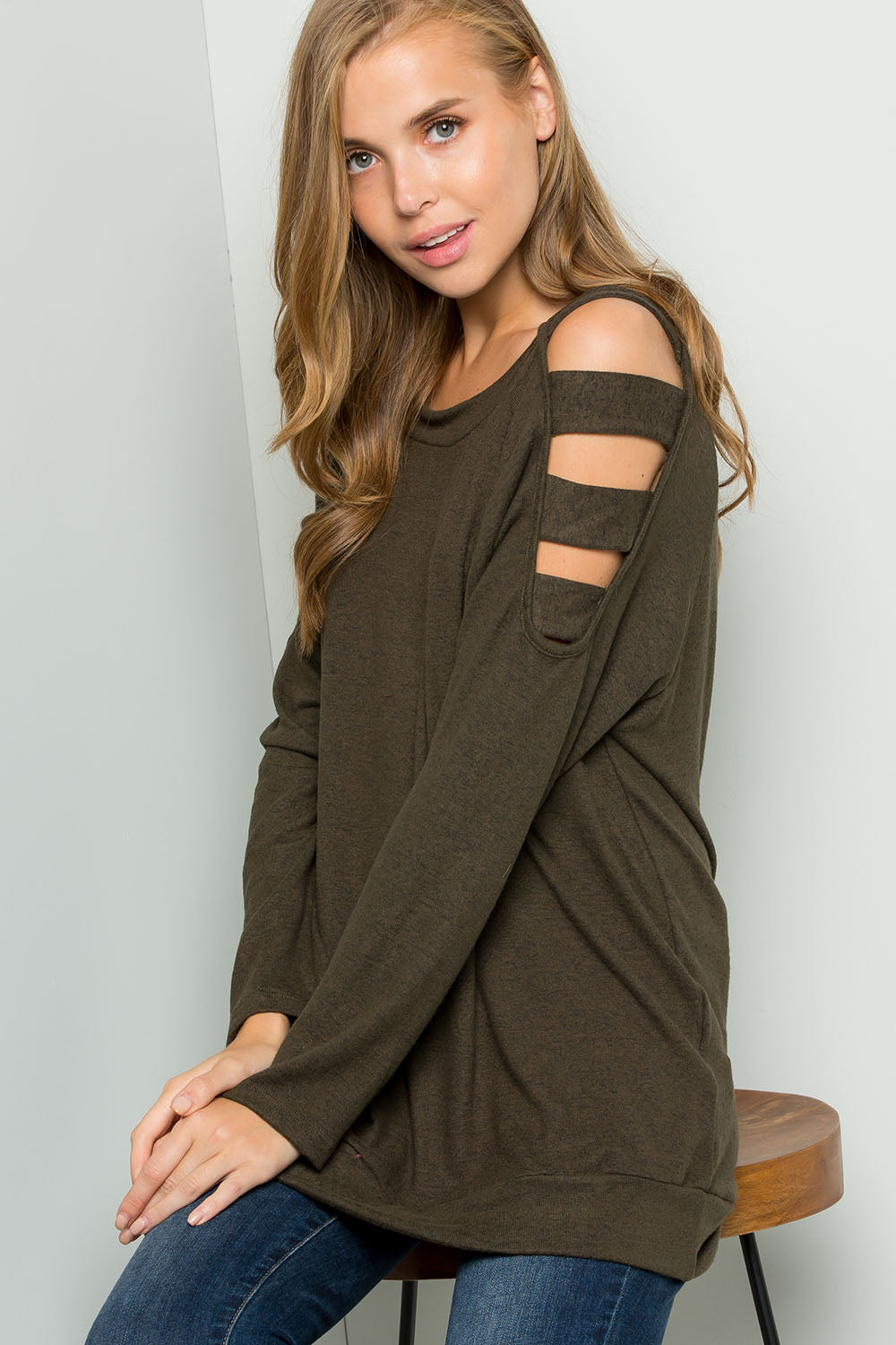 Knit ladder cutout shoulder top-OLIVE