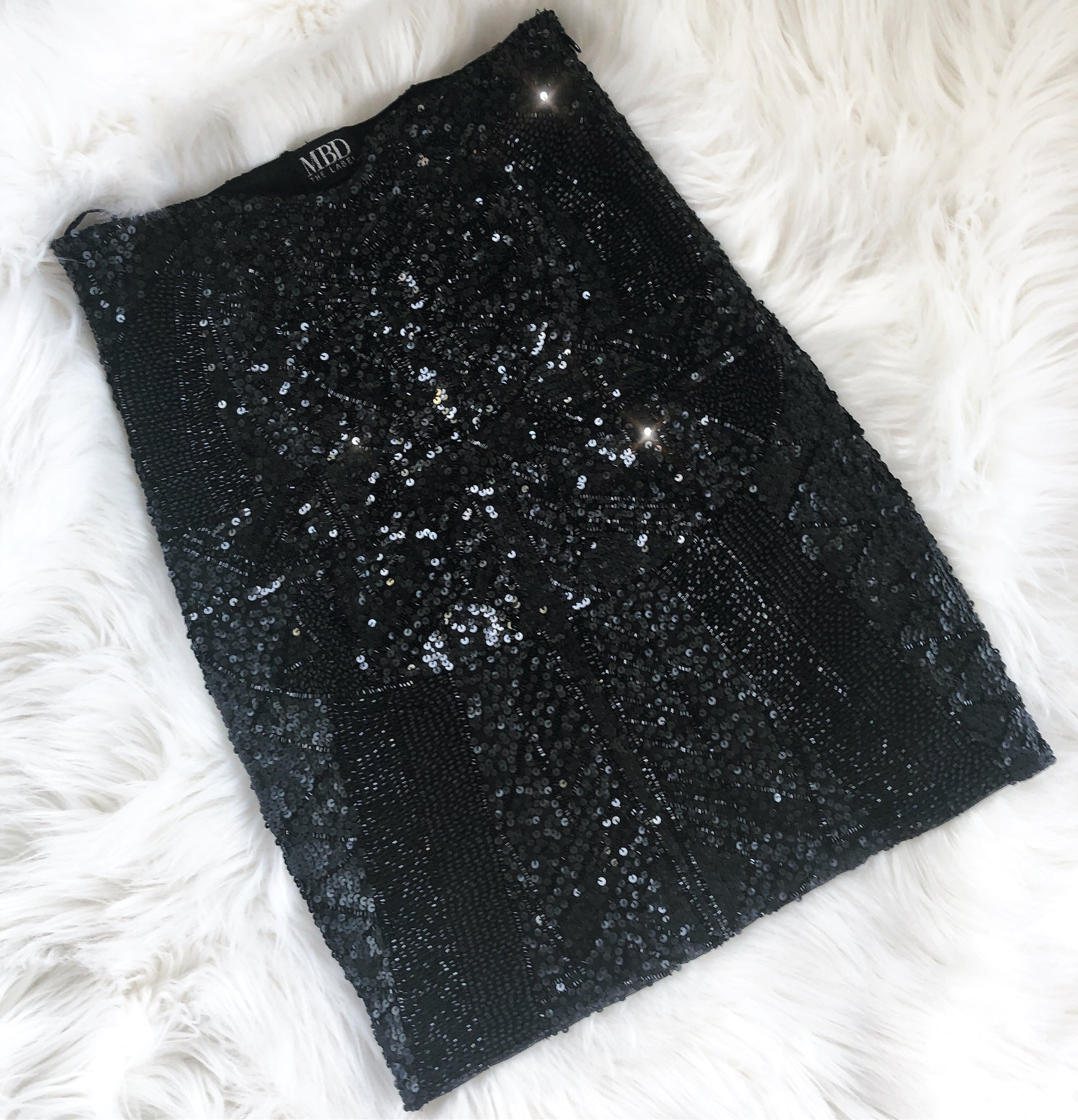 BLACK Sequin mini (short) skirt