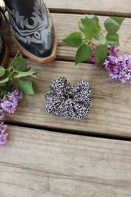 Cheetah mini scrunchy