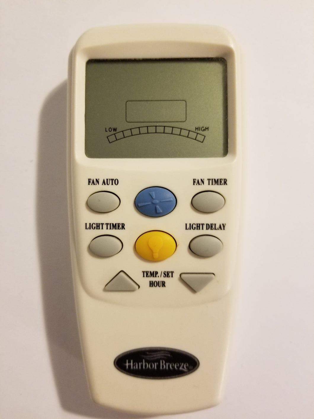 White Harbor Breeze ceiling fan and air conditioner remote control FCC ID: CHQ8BT7096T