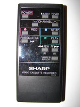 G0531GE Sharp VCR Video Cassette Recorder VHS Remote Control frontal image
