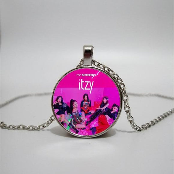 FREE ITZY Necklaces Necklace Merchyes Group Photo 2 Bronze 50cm