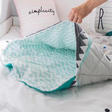 sac de couchage de requin molleton