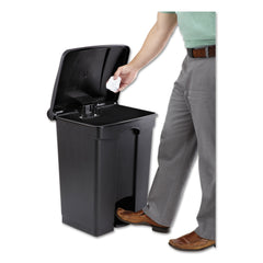 "Safco Large Capacity Plastic Step-On Receptacle, 17 gal, Black - Black / 16"" x 15.5"""