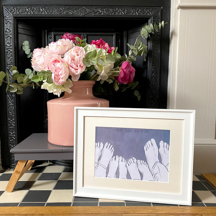 Family Of Four 'Cosy Toes' Print