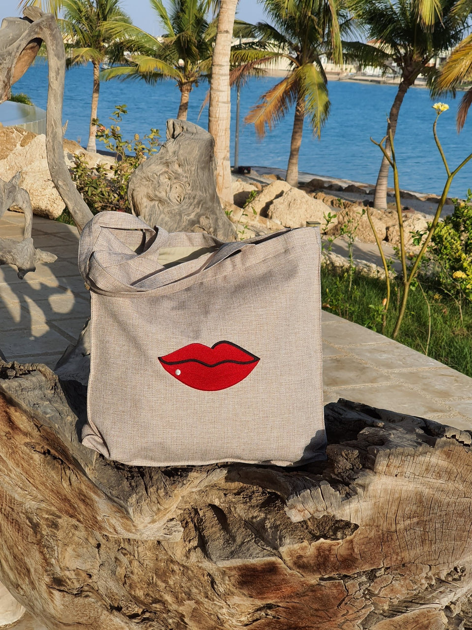 Beach Bag Lips - MINE BAGS AND ACCESSORIES - MIRA Y MANO