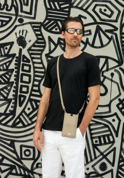 EYE BLACK T SHIRT - MINE BAGS AND ACCESSORIES - MIRA Y MANO