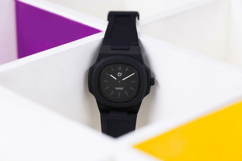 SKU2413 - NUUN WATCHES - MIRA Y MANO
