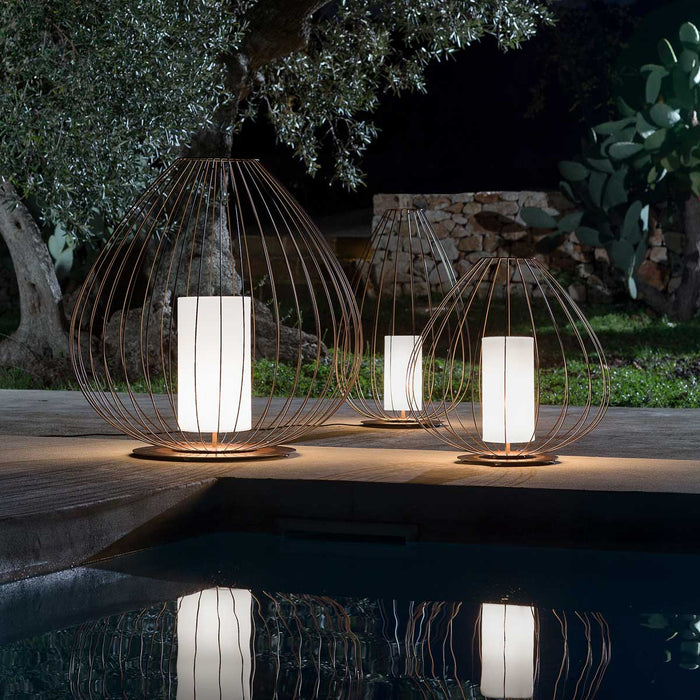Cell Outdoor Floor Lamp