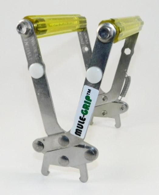 Mule Grip for Plastic Frame without Locking Arm