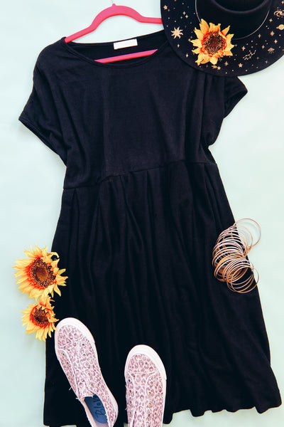 What a Doll Dress - Atomic Wildflower