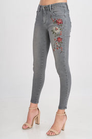 Emmie Embroidered Skinny Jeans - Atomic Wildflower