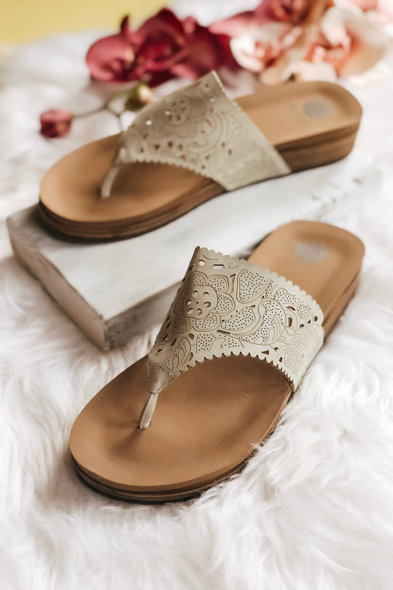 Crayla Sandal {Ivory} - Atomic Wildflower